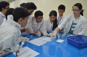 Science lesson at Makati Science High School