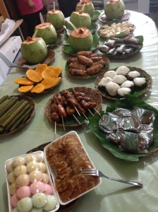 Mangos, rice cakes, boku, and other traditional dishes